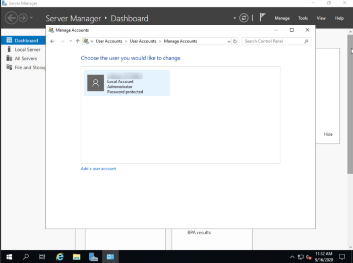 Windows Server 2019 choose account